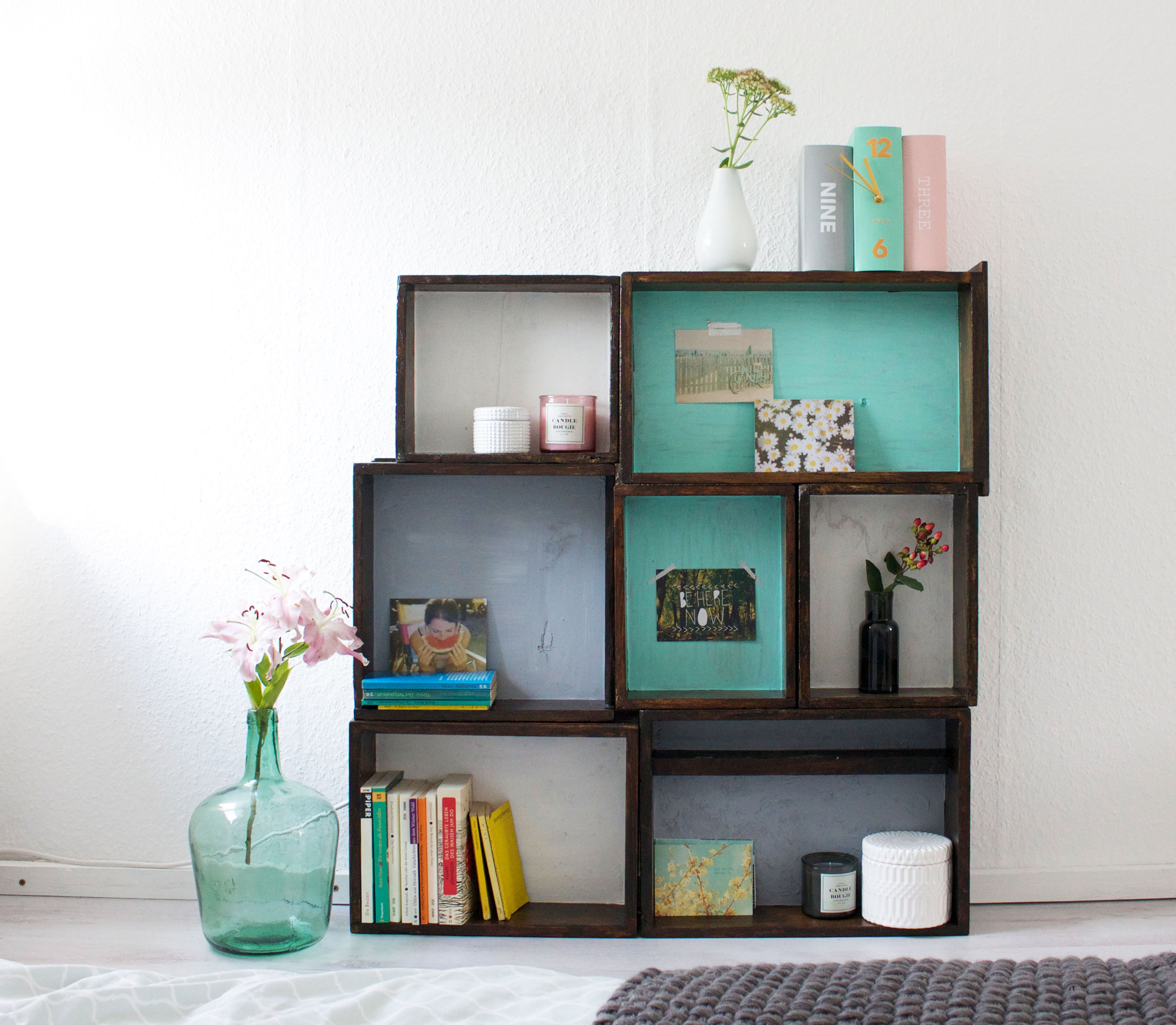diy | regal aus alten holzkisten - it's pretty nice | interior