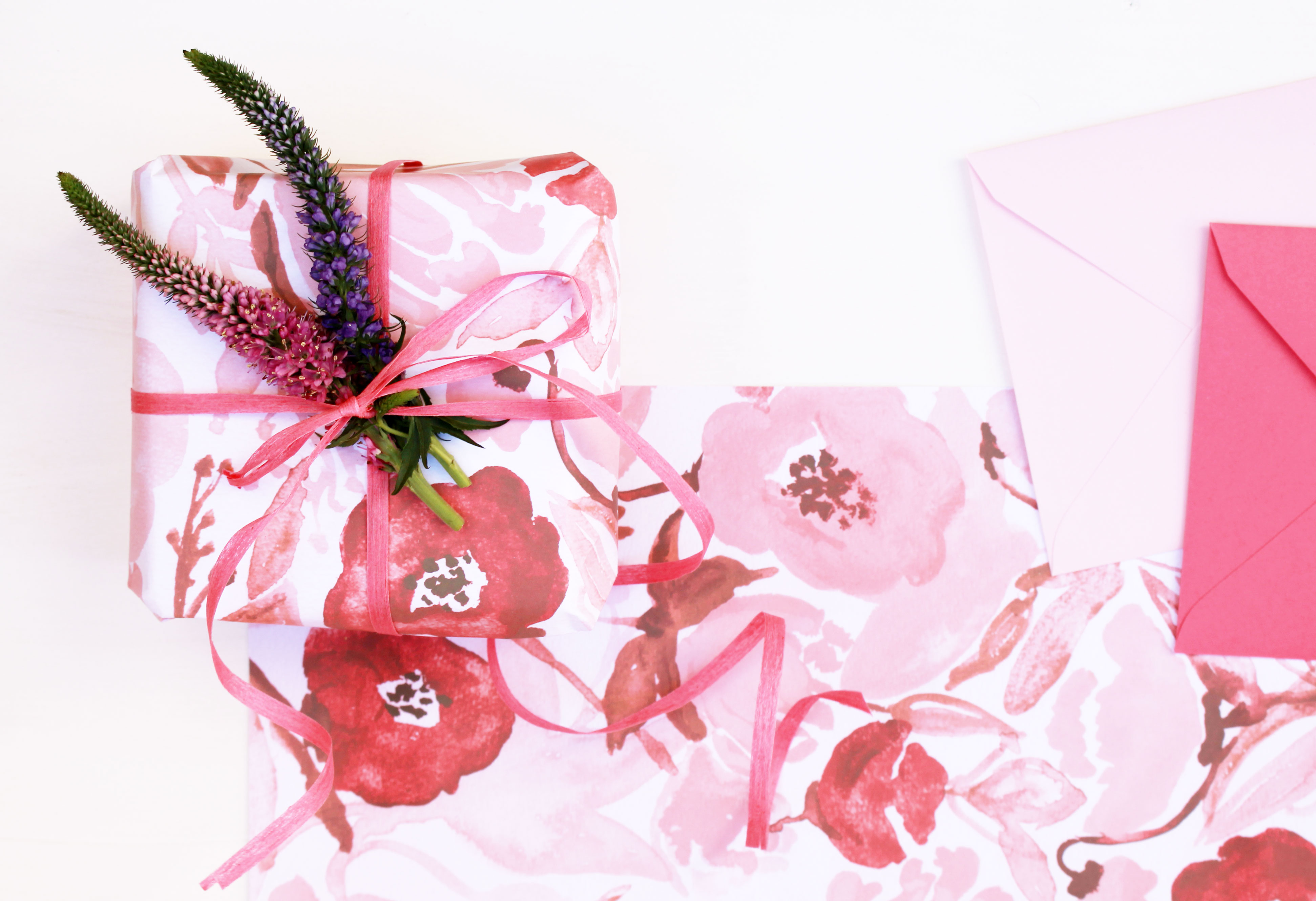 valentines-wrapping-paper-free-printable-2